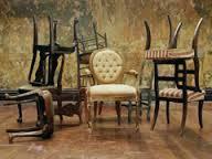 Ритуал со старой мебелью