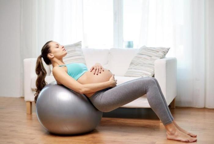 фото беременных на четвереньках