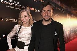 Евгений Цыганов бросил беременную жену и 6 детей ради актрисы Юлии Пересильд
