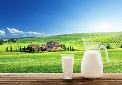 Ученые назвали молоко супернапитком