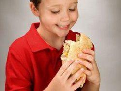 Около 20% детей РФ имеют проблемы с лишним весом