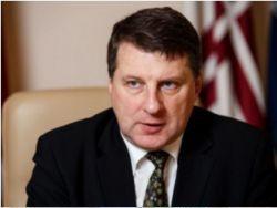 Президент Латвии заработал инвалидность после операции