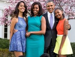 Барак Обама старается уберечь дочерей от давления стандартов красоты